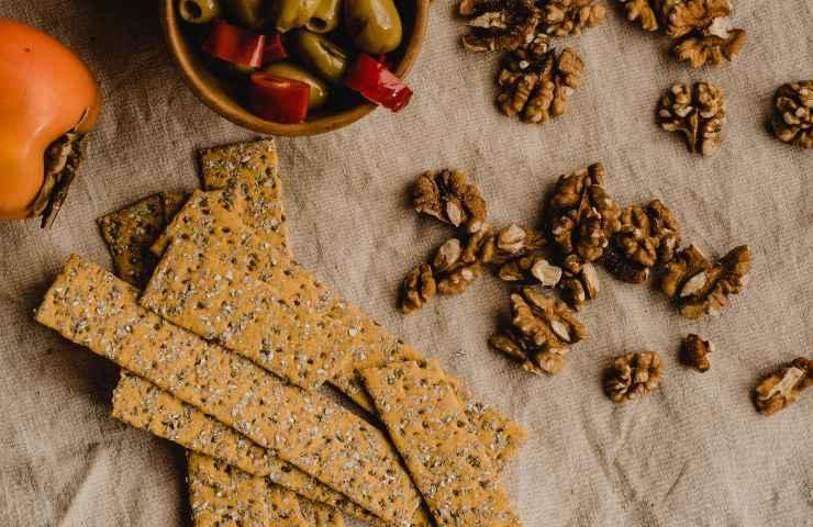 Crackers ritirati dal mercato ossido di etilene lotti