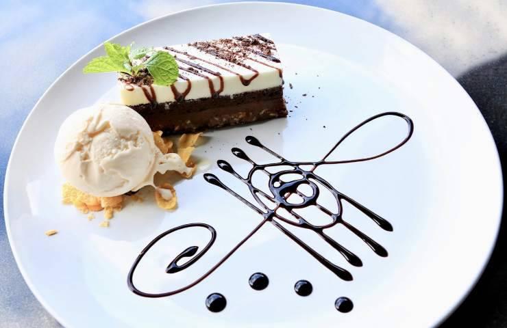 Torta cornetto gelato ricetta ingredienti preparazione