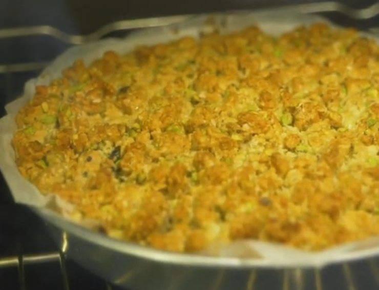 sbriciolata salata con zucchine