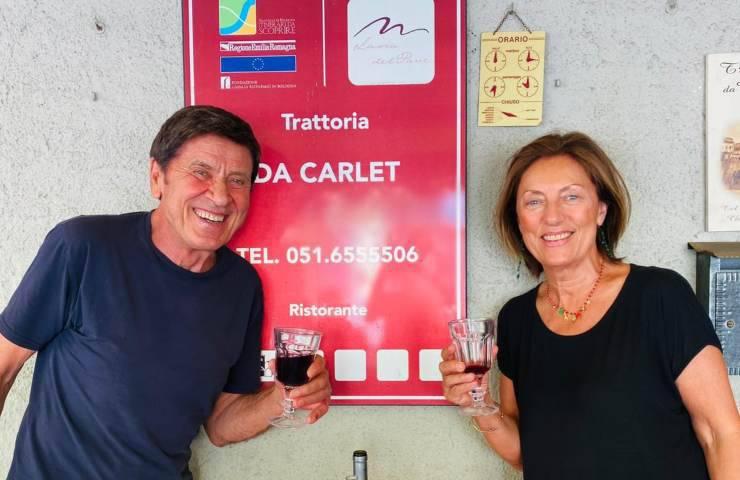 Gianni Morandi e la moglie Anna alla Trattoria da Carlet