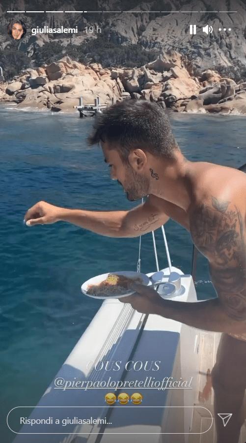 Giulia Salemi merenda barca gelato foto