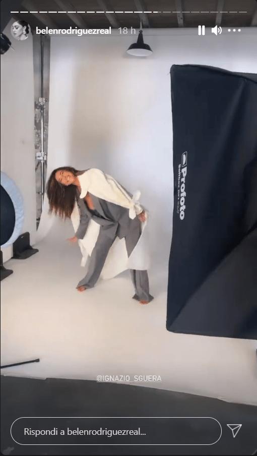 Belen Rodriguez pausa pranzo shooting fotografico