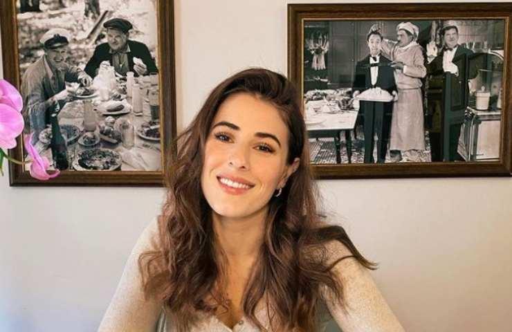 Diana Del Bufalo sorride