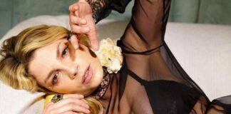 Emma Marrone: coccola durante il momento di riposo