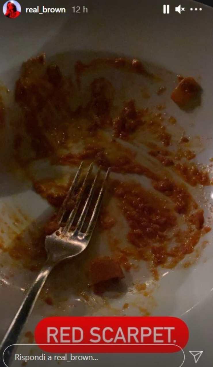 Emma Marrone piatto vuoto