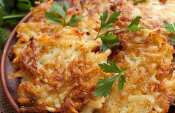 Frittatelle di patate e cipolla: la ricetta
