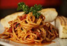 Spaghetto tre pomodori