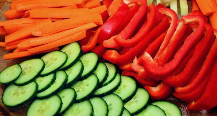 verdure fresche a listarelle