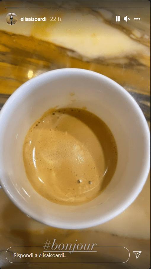Elisa Isoardi abitudine caffè appena alzata foto