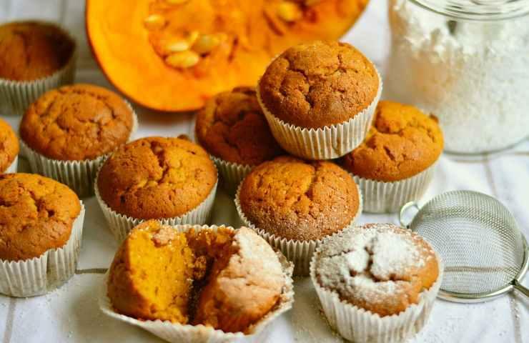 Muffin di zucca e cioccolato ricetta veloce