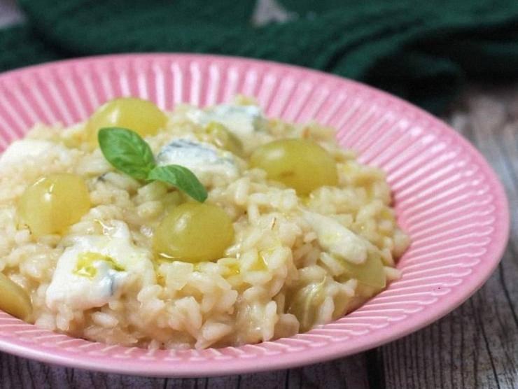 risotto uva e gorgonzola